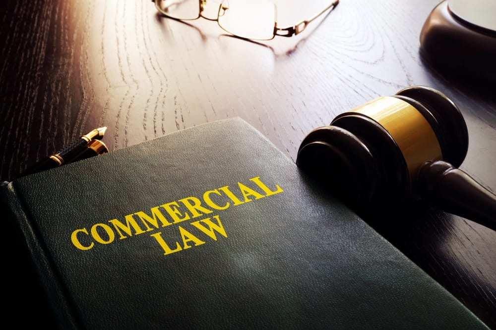 commercial lawyer services